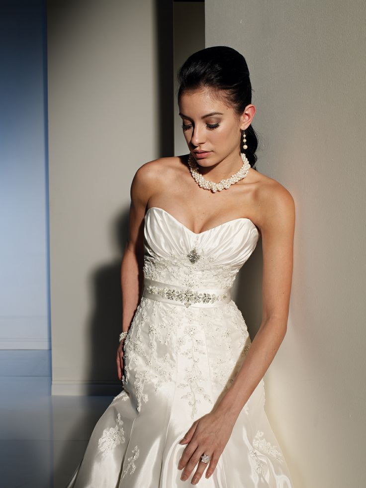 1000 images about mon cheri bridal belts on pinterest for No back wedding dress