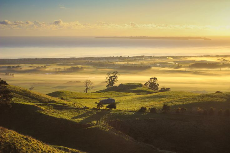 Taken at around 7:45am from the top of the Papamoa Hills, Bay Of Plenty, New Zealand