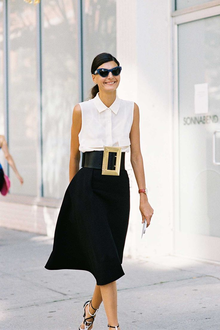 How To Wear Wide Belts (The Right Way)