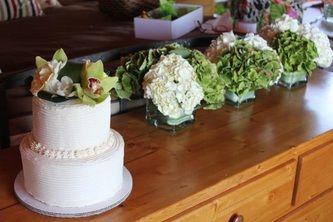 Wedding Cake & Flowers