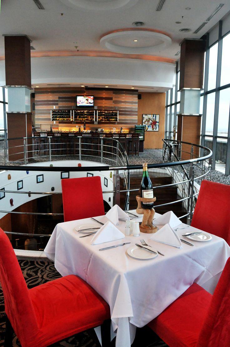 Sky Line on 17th floor #deco #decoration #lounge #bestview #romantic #dinner #hotel #5starhotel #red