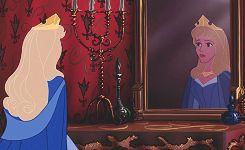 Дисней Принцессы и зеркало