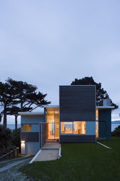 Raumati House | New Zealand | Parsonson Architects Ltd. | photo by Patrick Reynolds