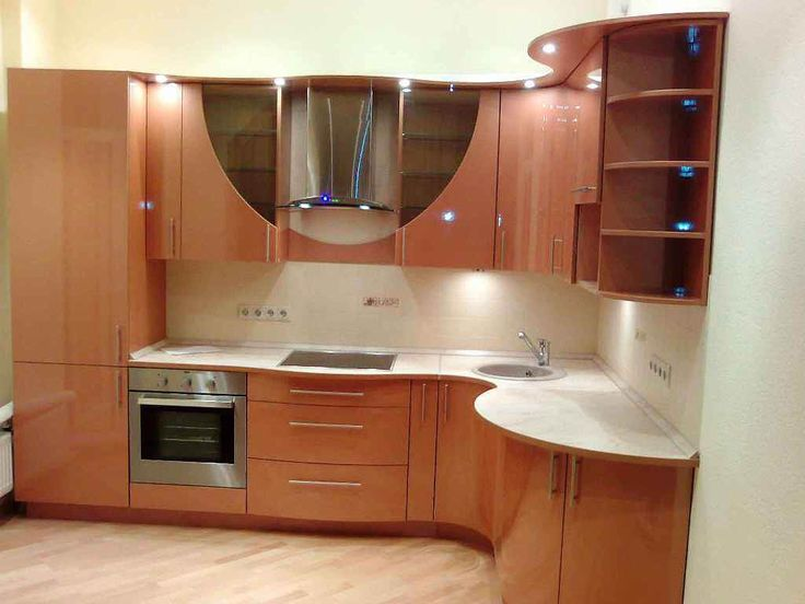 Дизайн кухни 7 кв м фото: интерьер маленькой кухни с холодильником, угловая современная планировка, мебель