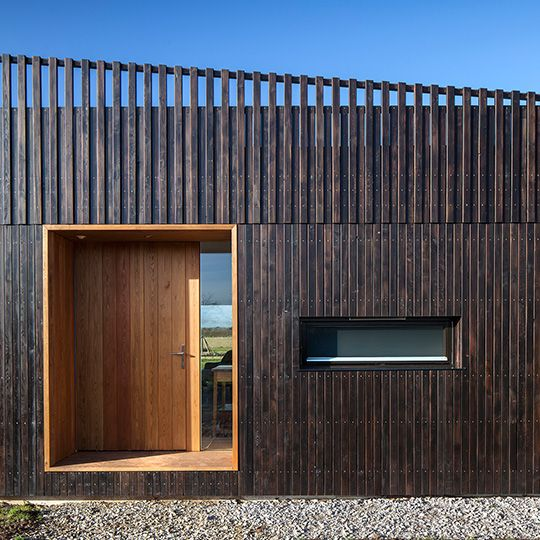 wooden cladding + inset doorway - Howe Farm - Dorton, Buckinghamshire -  IPT / Ecospace - 2014