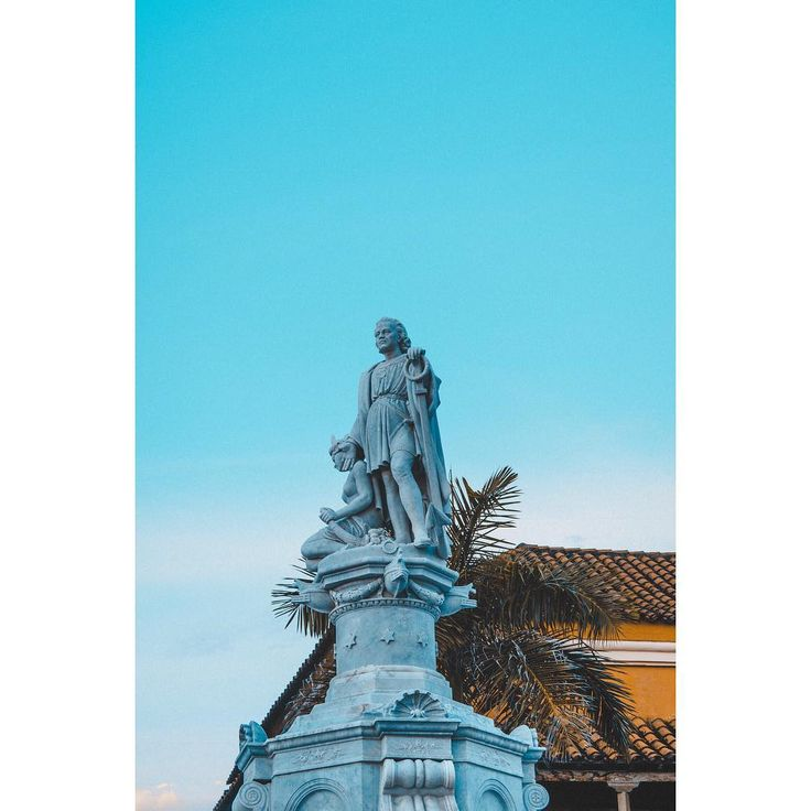 Age of Empires. . . . . . #teamnikon #optoutside #sun #travelgram #nikonphotography #construction #sunset #master_shots #sculture #beauty #cathedral #photooftheday  #skylovers #igersbarranquilla #weather #ig_barranquilla #gooutside #travelphotography #exploretocreate #earthexperience #artofvisuals #landscapephotography #wonderlust #gopro #goprophotography #colombia #nikon #backlight #cartagena