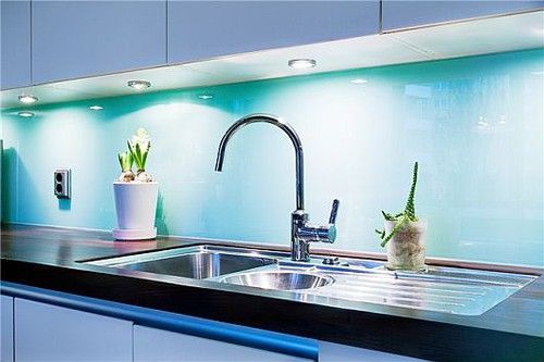 turquoise vägg vardagsrum - Google Search