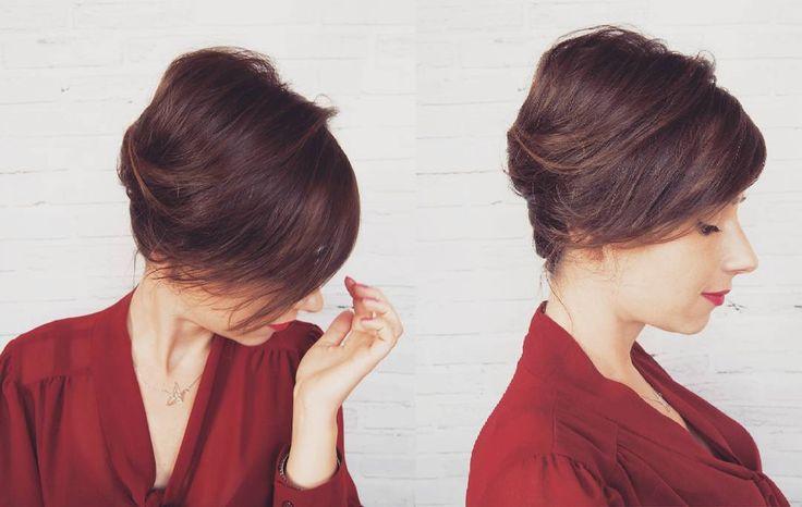 Coraz bliżej święta!  Na blogu propozycja świątecznego uczesania - klasyczny kok banan!  Link w bio  #fryzura #kok #banan #upiecie #krokpokroku #hair #tutorial #classic #updo #hairfashion #style #christmas #hairstyle #lovehair #hairart #hairblogger #hairstylist #me #blogerka #blogowlosach #ja #brunetka #wlosy