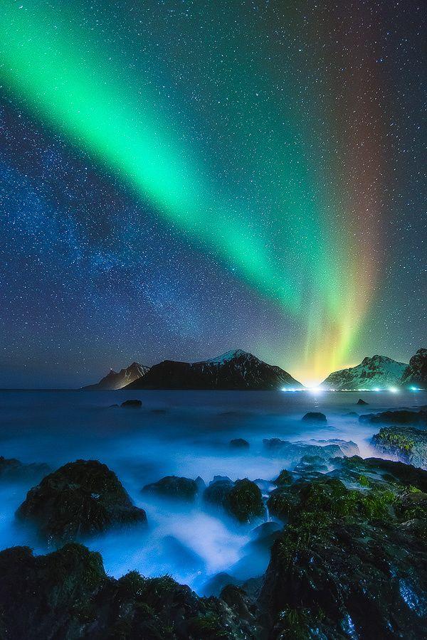 ~~Awash in the Night | aurora borealis, Lofoten, Norway | by Dustin Wong~~