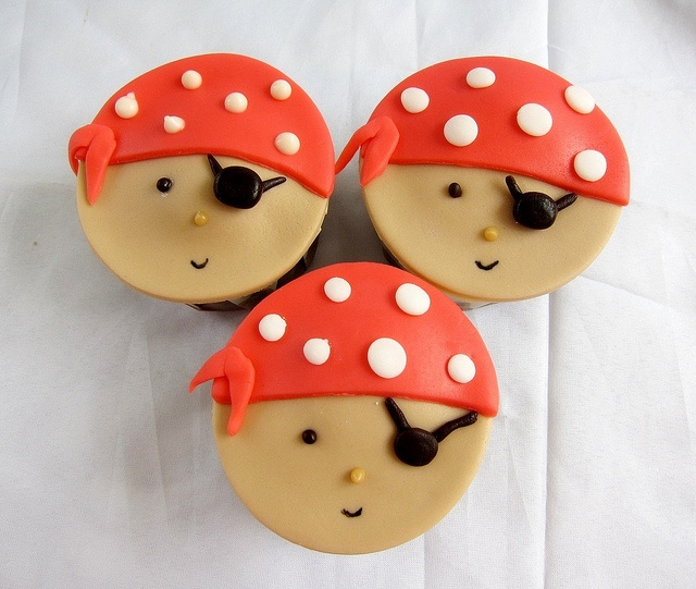 Pirate Theme  by Thecupcakelicious, via Flickr