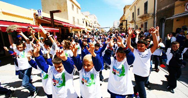 Gli atleti della Forestale e l'Associazione Libera sbarcano a Lampedusa