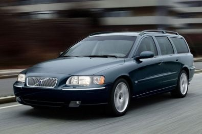 Volvo V70 - yes please! drove one of these; D5+ version from 2009 to 2012 (crashed in august; my heart still aches)