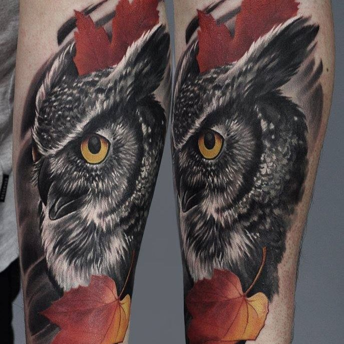 #realistic #owl #mapleleaf #blackandgrey #color #U-Gene