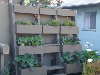 This is really cool. I would build this against my house, if it were not for the HOA