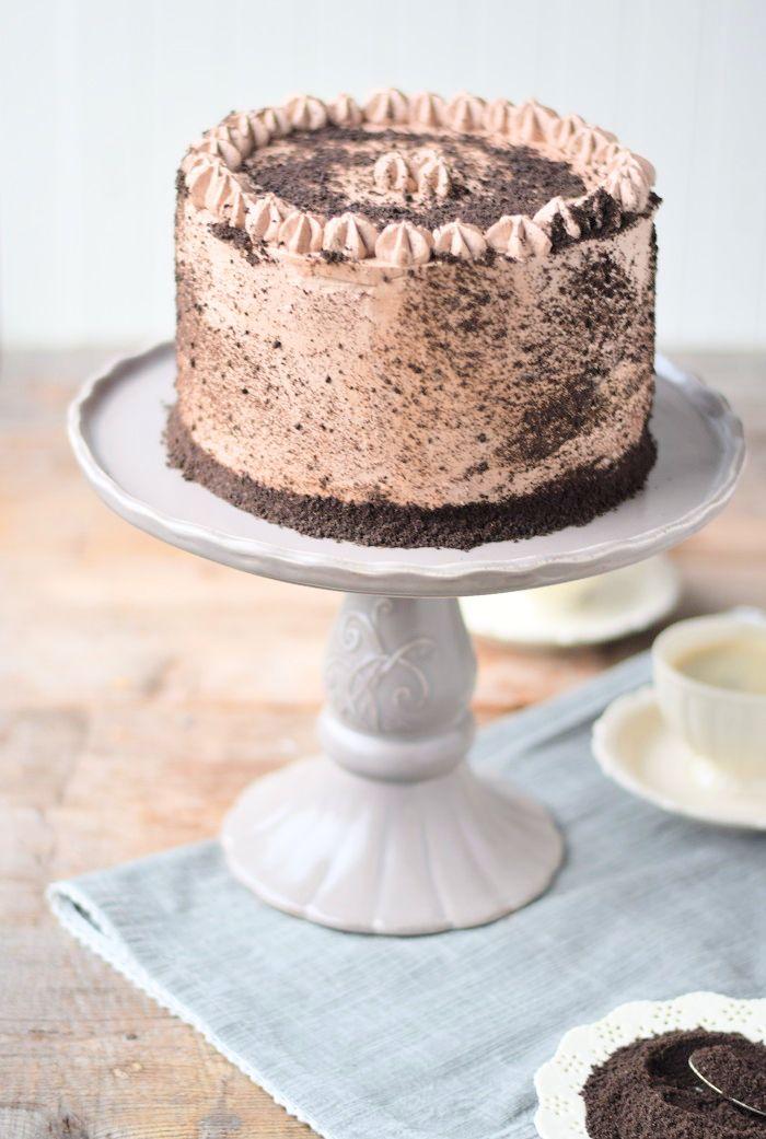 Schokotorte mit Cheesecake Füllung - Chocolate Birthday Cake with Cheesecake Filling #chocolate #schokolade | Das Knusperstübchen