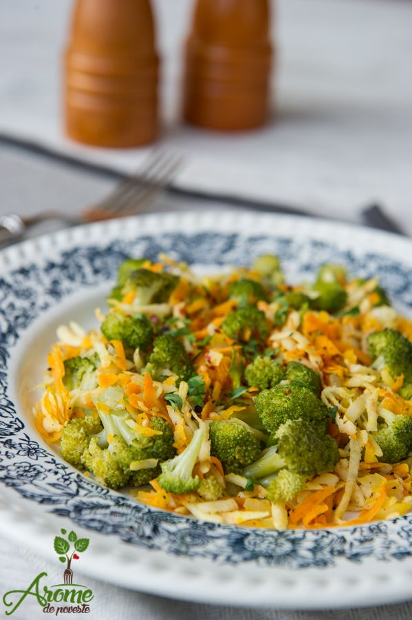 Salata calda de brocoli, morcov si telina