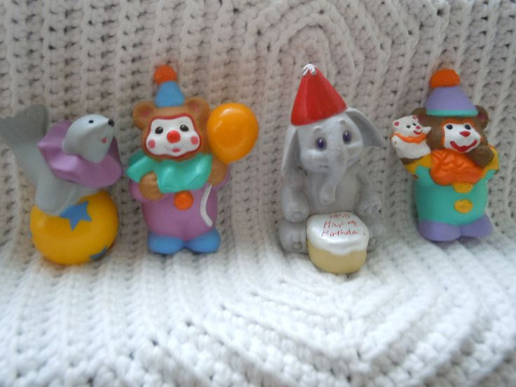 HALLMARK MERRY MINIATURE HAPPY BIRTHDAY CLOWNS CAKE TOPPERS