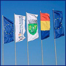 Banderas-publicitarias-verticales-ollados-precios-comprar-banderolas-don-bandera