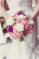 Bouquet etiquette-- how to hold your bouquet — The Knot