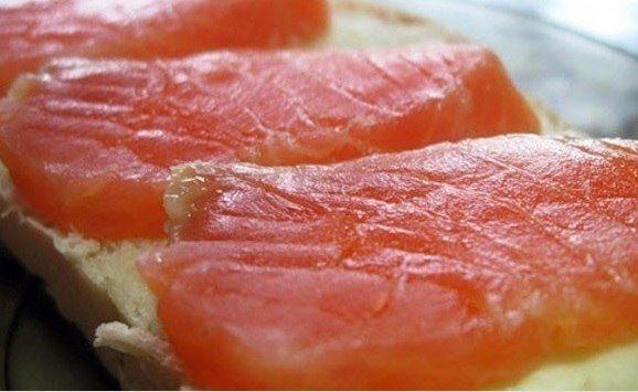Красная рыба засоленная... в морозилке