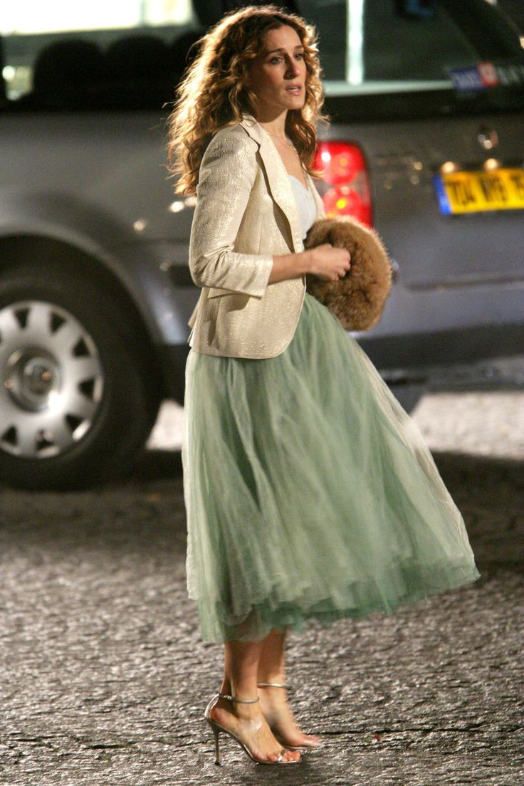 Carrie Bradshaw's 50 Best Looks