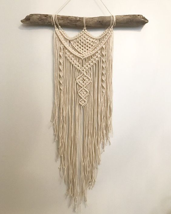 17 best ideas about macrame wall hangings on pinterest macrame wall hanging designs and wall. Black Bedroom Furniture Sets. Home Design Ideas