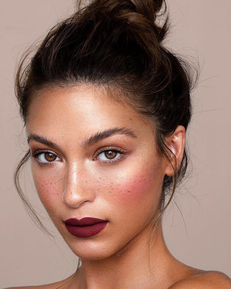 "Tamara Williams on Instagram: ""We Stan a mauve lip color 🍇 Cassie Amato w h…"