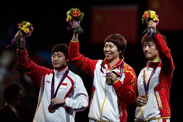 Table tennis (women's singles) Gold: Li Xiaoxia (center, China) Silver: Ding Ning (right, China) Bronze: Tianwei Feng (left, Singapore)