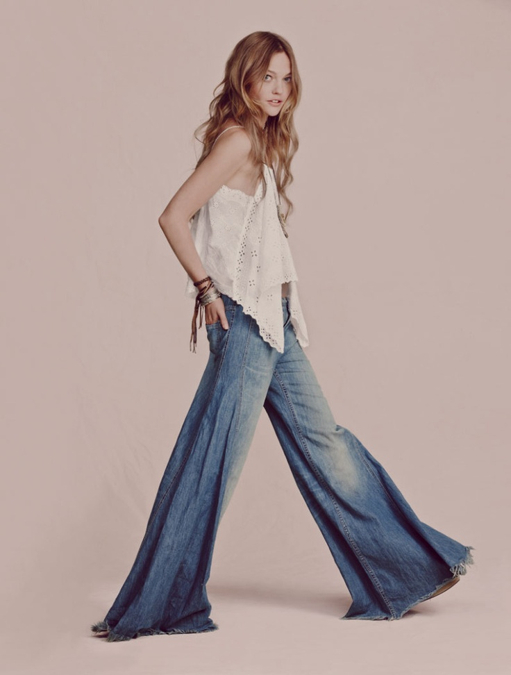 hello awesome pants!: A Mini-Saia Jeans, Fashion, Belle Bottom, Freepeople, Pants, Hippie Style, Denim, Sasha Pivovarova, Free People