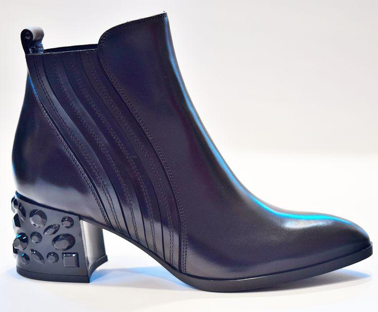 Colección Pons Quintana Otoño Invierno  2017 - 2018 . Tienda Oficial  PONS QUINTANA Toledo .  #shoes #sandals #flipsflops #sales #rebajas #new #ponsquintana 6396 #zapatos zapatos botas  #botas