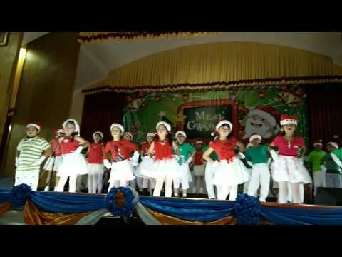 Have a Holly Jolly Christmas, Preschool Christmas Dance Song @ Chomel Learning Concert 2013 - YouTube
