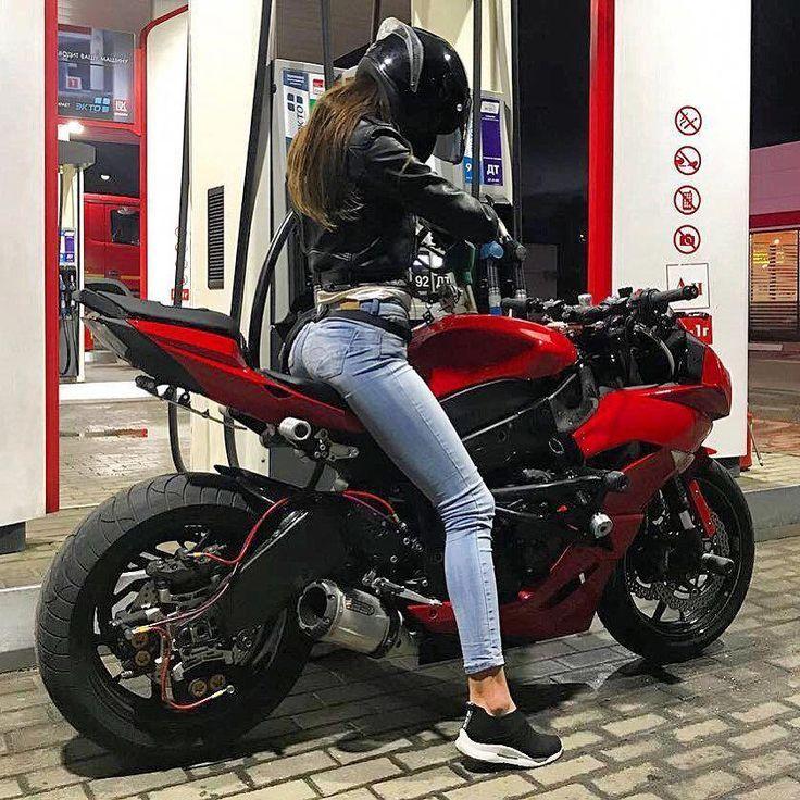 Hab einfach eine tolle Zeit hier draußen! Motorräder sind nicht nur für junge Mädchen …   – Girls 'n Bikes