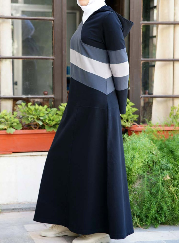 SHUKR USA | Sportif Contrast Jilbab  awesome stripes!