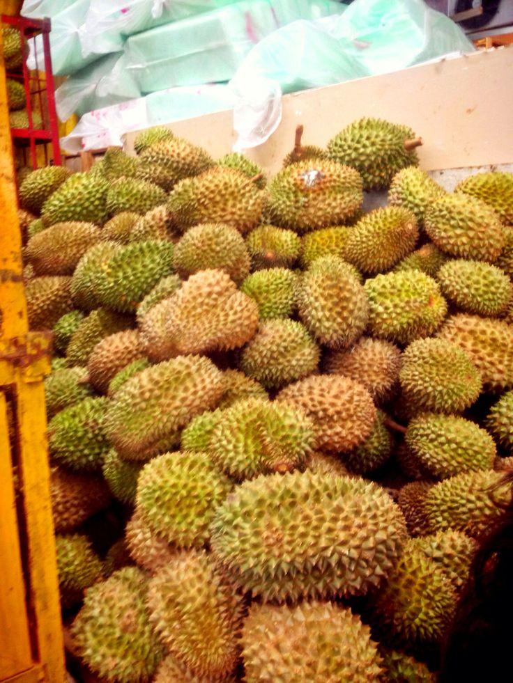it called durians jen loves durian pinterest. Black Bedroom Furniture Sets. Home Design Ideas