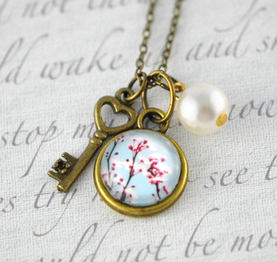 Spring Cherry Blossoms Necklace. Key and Pearl Charm - Vintage Style