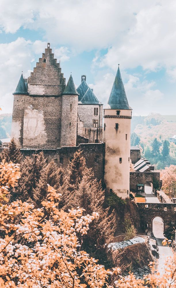 20 of the Most Beautiful Fairytale Castles in the World Fairytale castle Beautiful castles Germany castles