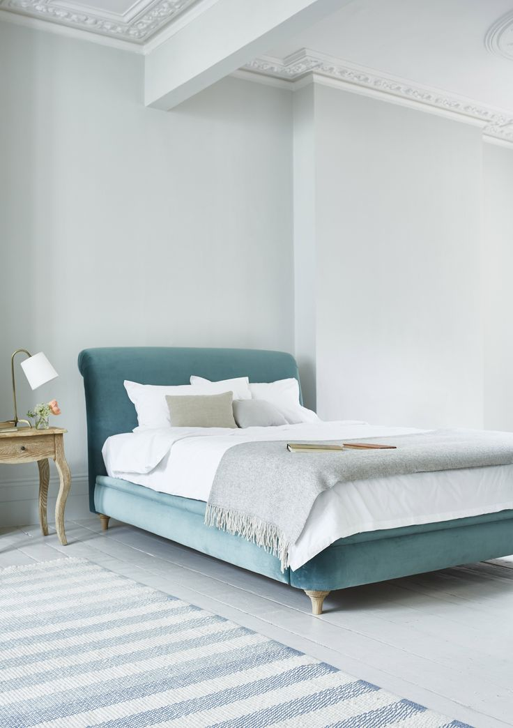 Bed, furniture, interior, design, velvet, upholstery, upholstered, squish, comfy, laid-back, design, bedding, bed linen