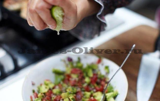 Салат оливье с курицей - рецепт с фото от Джейми Оливера