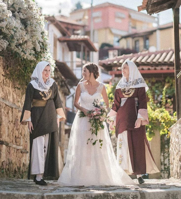 ALKMINI traditional-chic wedding concept