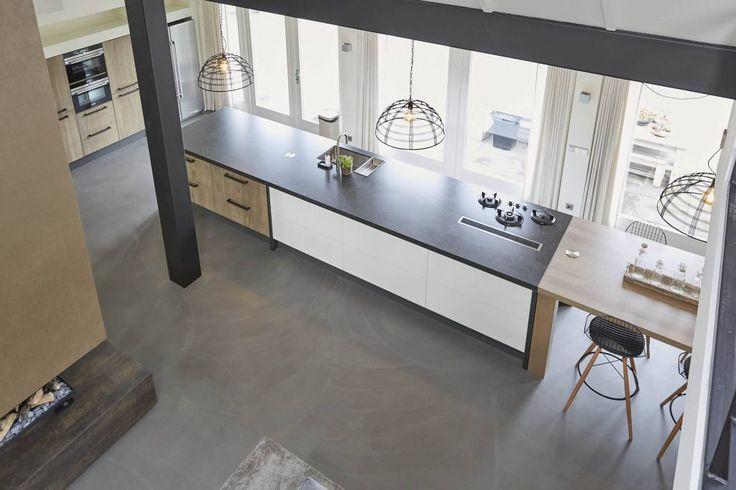 Van boven, luxe woonkeuken | Houtwerk Hattem