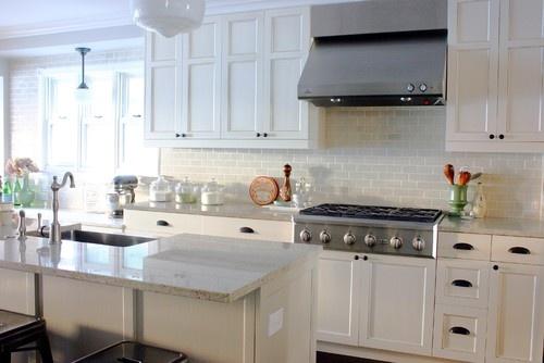 like: Idea, Kitchens Design, Traditional Kitchens, Subway Tile, Kitchens Backsplash, Kitchens Cabinets, Granite Countertops, White Cabinets, White Kitchens