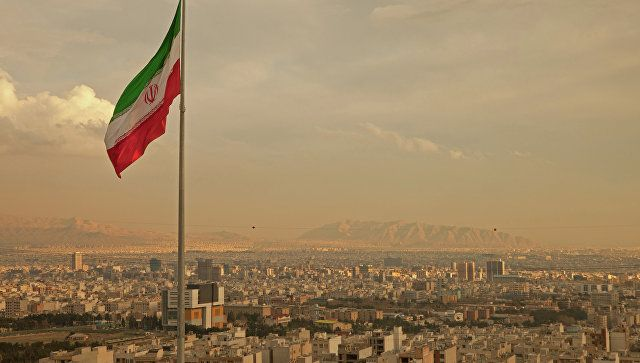 Το Κουτσαβάκι: Η Ρωσία και το Ιράν υπέγραψαν μια συμφωνία «πετρέλ...