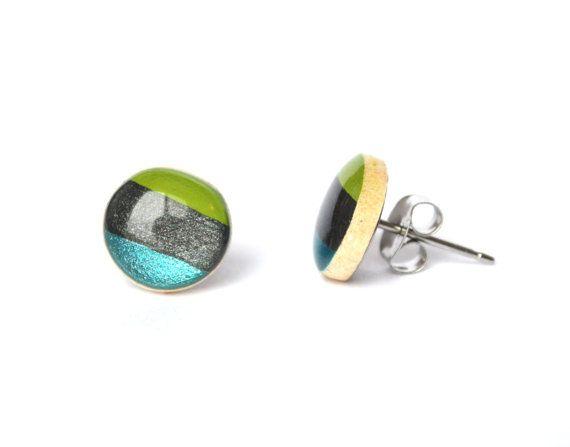 Striped stud earrings.  Striped post earrings by starlightwoods