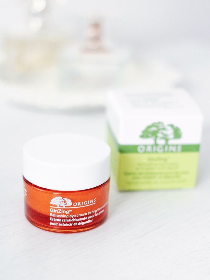 I don't know about you, but I tend to suffer from puffy and tired looking eyes no matter how much sleep I get the night before, so a good eye cream is a must! For the longest time I've wanted to invest in a good eye cream as I always used to reach for cheaper creams from Boots & Superdrug, so I decided to pop the Origins GinZing Refreshing Eye Cream on my Christmas list last year. I'd heard such great things about the GinZing Eye Cream and was already a fan of the Origins face masks so it...