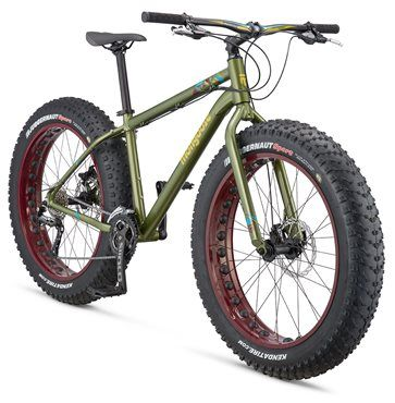 Mongoose Argus Sport Mountain Bike 2016 - Fat bike: Frame: 6061 Alloy frame, rear 190mm Axle Fork: Full Alloy fork with 135mm Spacing Headset: VP-Z104 Semi Intergrated Speed: 27 Front Mech: Shimano FD-410 E-Type BB Rear Mech: Shimano RD-M390 Chainset: Three Piece Crank Prowheel 951 Triple - 22/30/40 Cassette 11-36 Chain: KMC X10 - With Anti rust EPT  Brakes: Mongoose Mechanical disc brakes 180mm rotor Rims: Fat tyre 100mm with 35mm Cutouts Tyres: Kenda Juagguarnet 26 X 4.5 wire