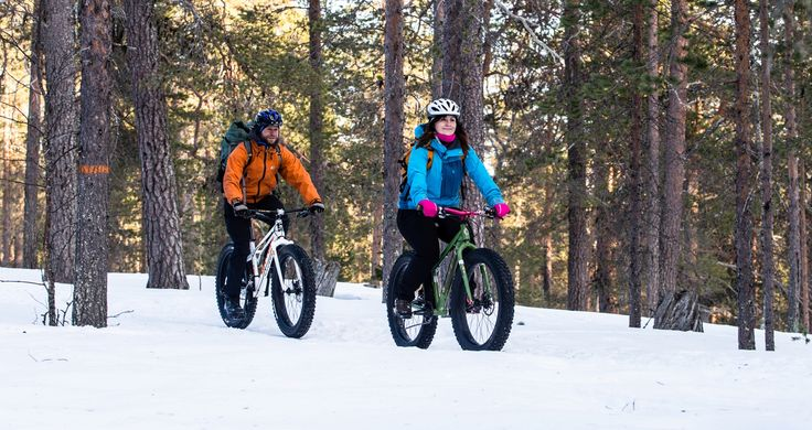 Fatbiking and snowshoeing in tundra