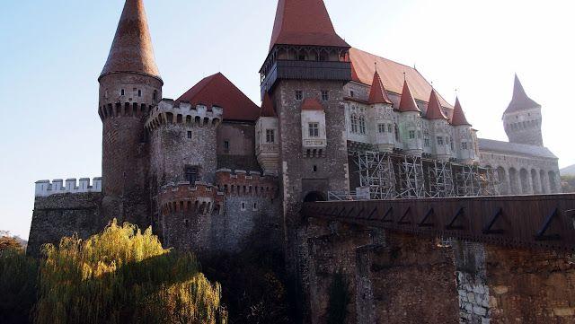 Castelul Corvinilor Top 10 Locuri De Vizitat in Romania