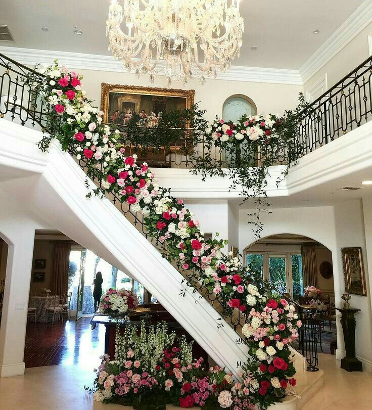 Pin By Nguyen Thi Thu Quynh On Hoa Cưới In 2020 Floral Wedding