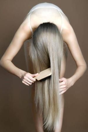 Trying this : Egg yolks won't only make your hair softer, shinier, and healthier, but it helps you to grow it out long as well. Mix 2 egg yolks with 2 tbsp of olive oil, dilute the mixture by adding a cup of water, and then slowly and thoroughly massage this mask into your scalp. Give your hair and scalp 15 to 20 minutes to absorb all the needed nutrients and then rinse off. by melva