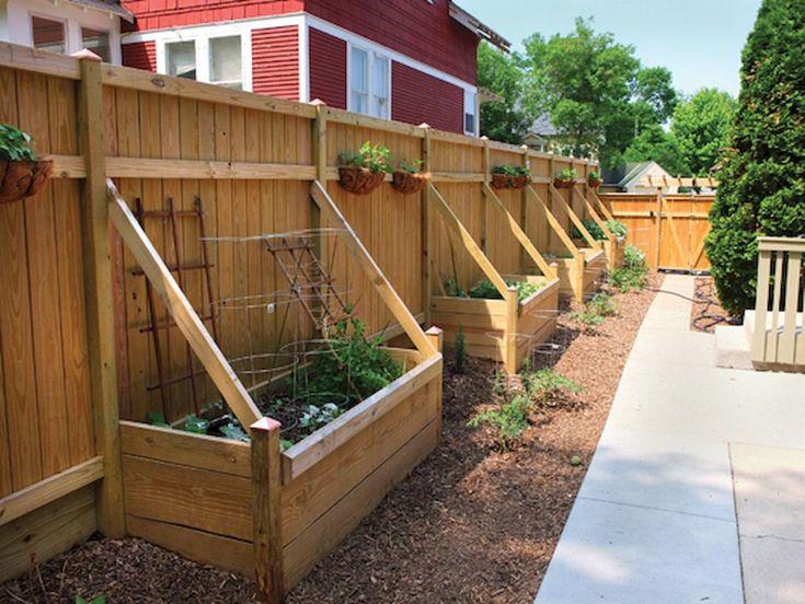 Как сделать забор в огороде фото